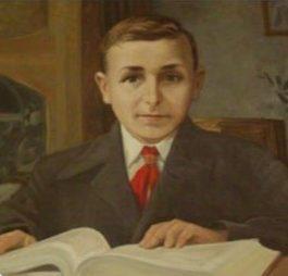 Женя Попов