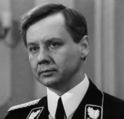 Олег Табаков в роли Шелленберга