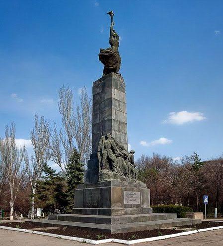 м. Кишинёв. Памятник Героям-комсомольцам