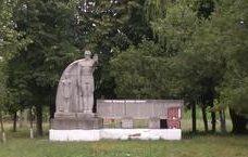 с. Грибова Дрокиевского р-на. Памятник воинам, погибшим в годы Великой Отечественной войны