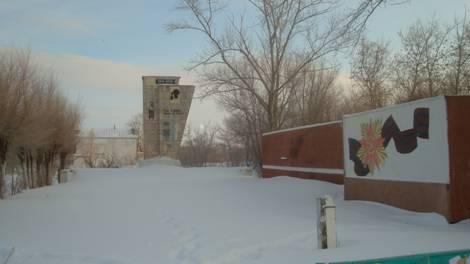 с. Батпакты Осакаровского р-на. Мемориал воинам-землякам, погибшим в годы Великой Отечественной войны, построенный в 1979 году.