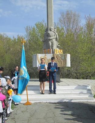 с. Бестобе Камыстинского р-на. Памятник воинам, погибшим в годы Великой Отечественной войны, установленный в парке Победы.