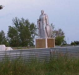 с. Покровка Есильского р-на. Памятник воинам, павшим в годы Великой Отечественной войны.