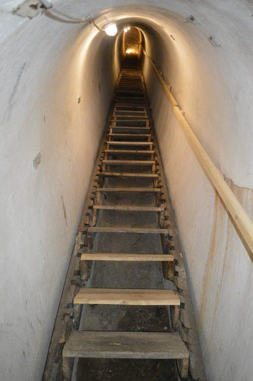 Спуск в подземелье