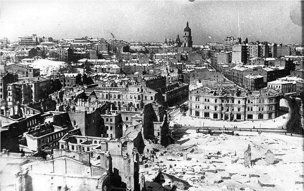 Площадь независимости. 1942 г.