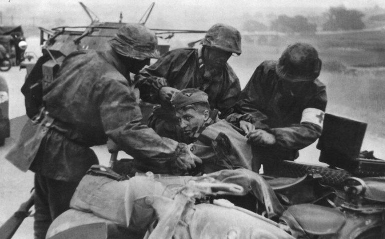 Раненный. Россия. 1942 г.