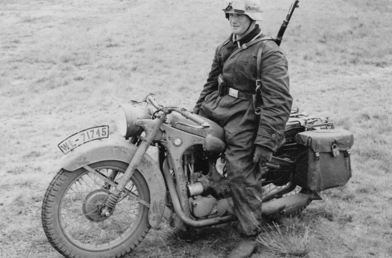 Мотоцикл – BMW R35. Россия. 1942 г.