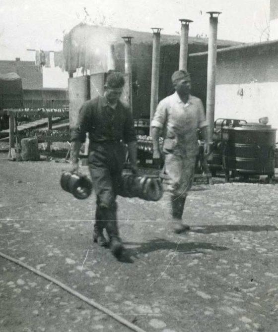 Военное колбасное производство.