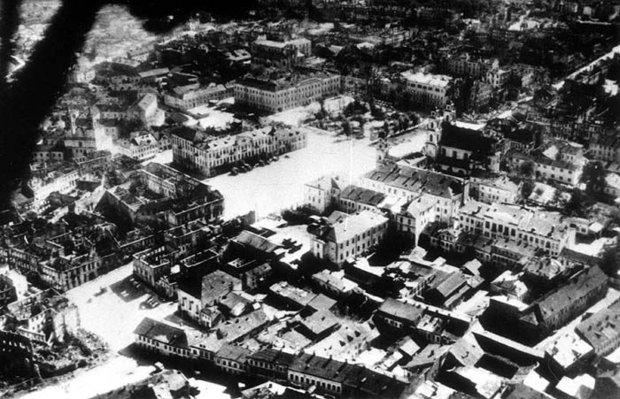 Площадь Свободы. Июнь, 1941 г.