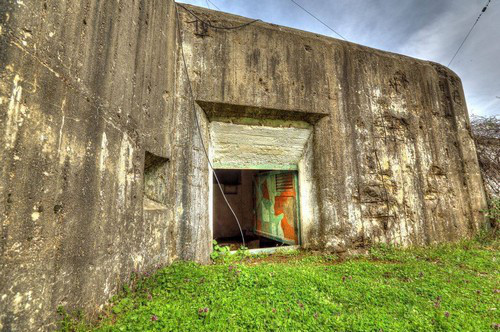Заброшенные сооружения форта в наши дни.