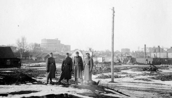 Перекресток проспекта Независимости и улицы Янки Купалы. Ноябрь, 1941 г.