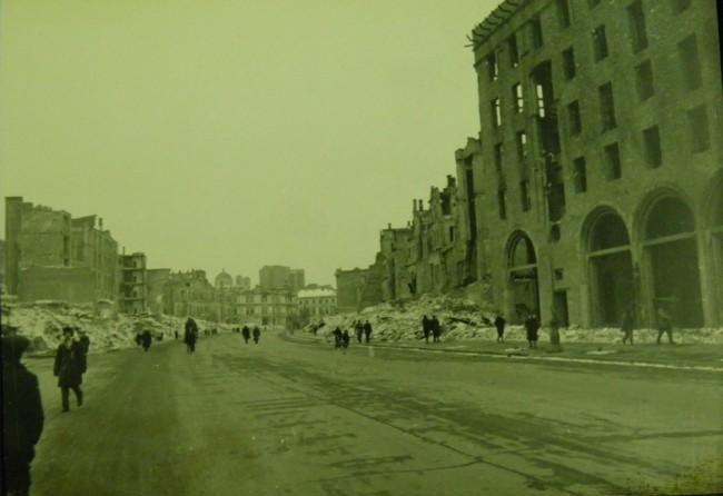 Крещатик. 1943 г.
