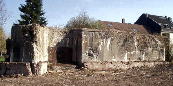 Вид с боку на бункер типа R107.