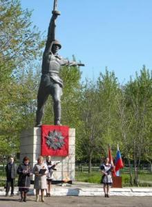 с. Кашино Алейского р-на. Памятник воинам, погибшим в годы войны.