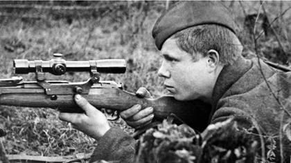 Снайпер 311-й стрелковой дивизии Иванов.