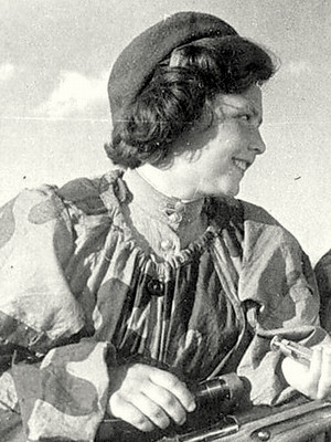 Иванова Нина Алексеевна одержала 17 побед.