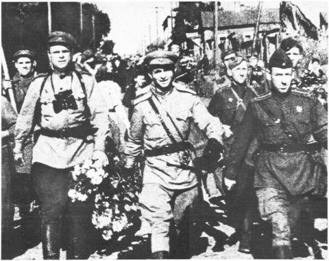 323-я стрелковая дивизия в Брянске.
