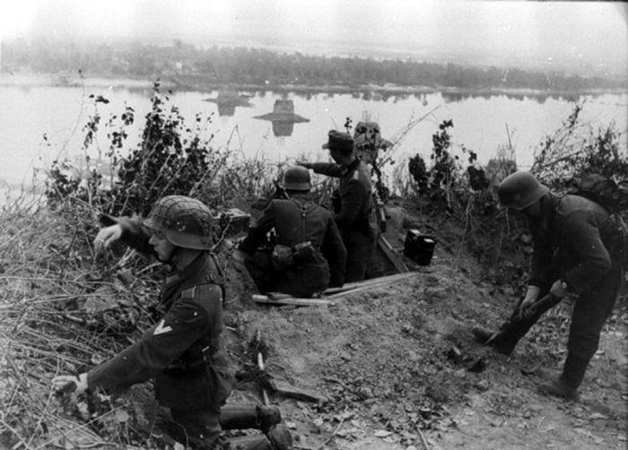 Немецкие позиции на берегу Днепра, 1943 год.