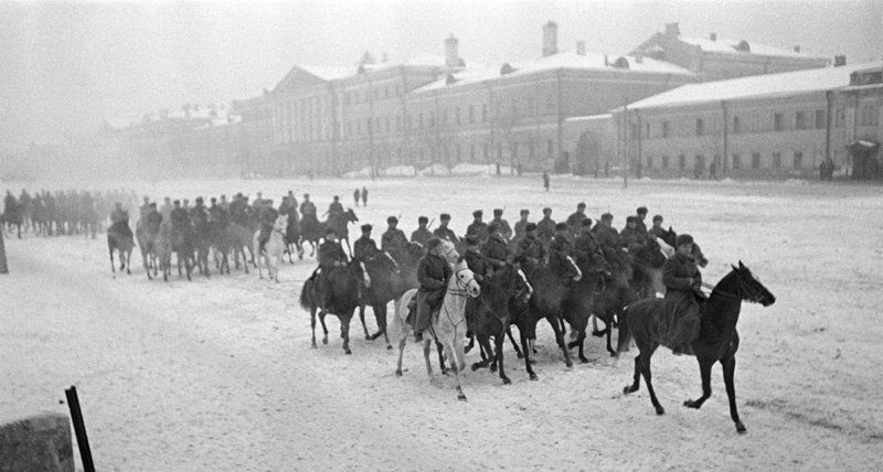 С Московского ипподрома – на фронт. Беговая улица. Зима 1941 г.