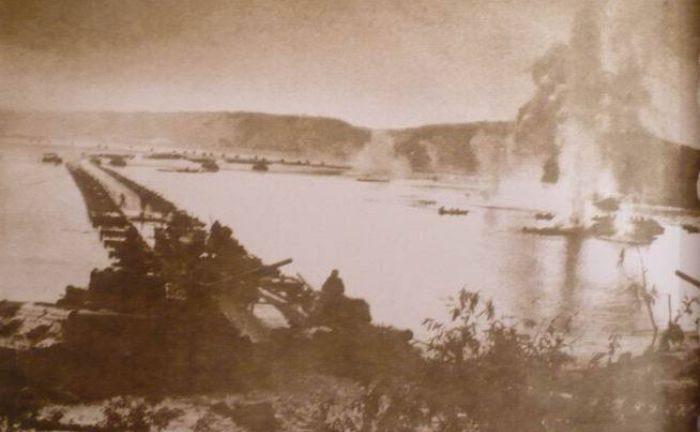 Понтонный мост. 1943 г.