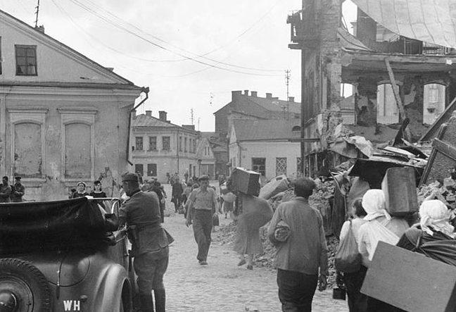 Возвращение беженцев. Июль, 1941 г.
