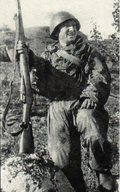 Снайпер 35-го гвардейского стрелкового полка 10-й гвардейской стрелковой дивизии – сержант С.Д.Алиев.
