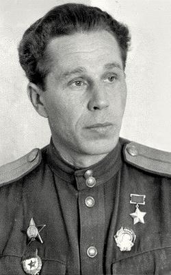 Гореликов Иван Павлович одержал 400 побед.