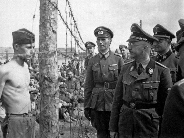 Гиммлер в концлагере на улице Широкой. Август, 1941 г.