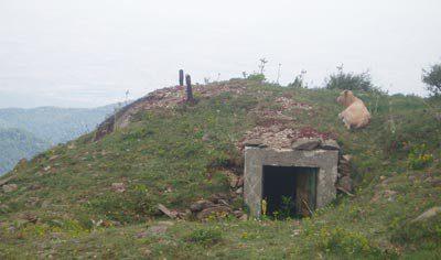 Запасной выход с бункера.