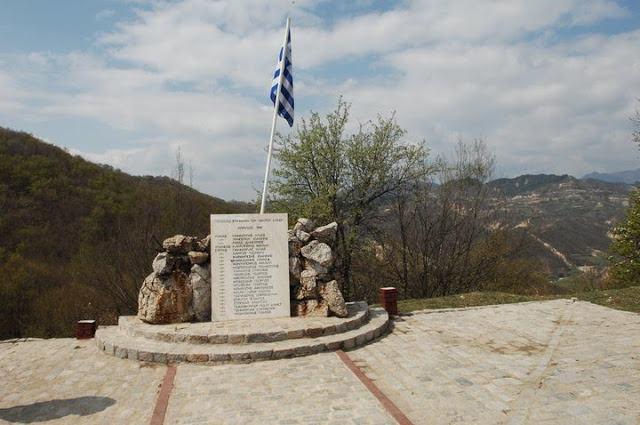 Памятник защитникам крепости.