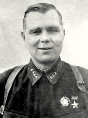 Калинин Александр Андреевич одержал 115 побед.