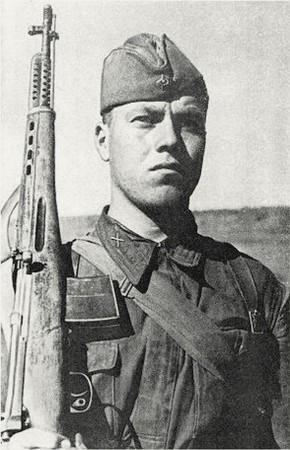 Андреев Иван Дмитриевич одержал 156 побед.