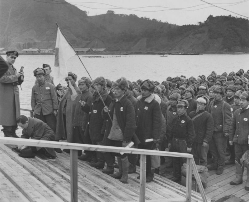 Встреча репатриированные японцев дома.