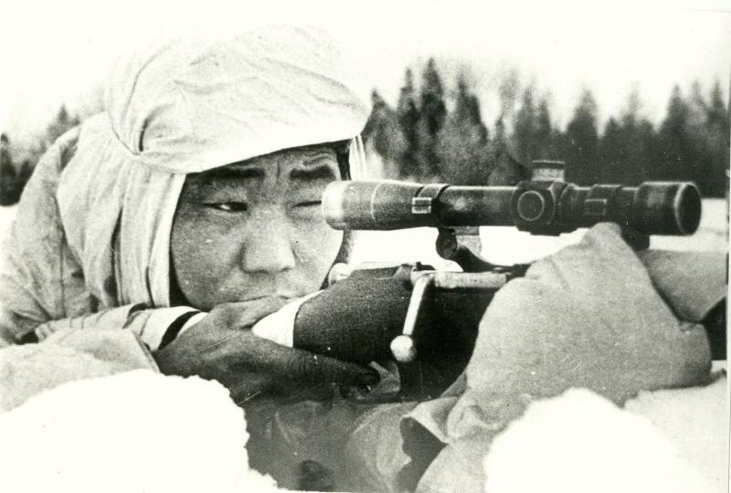Охлопков Фёдор Матвеевич одержал 429 побед.