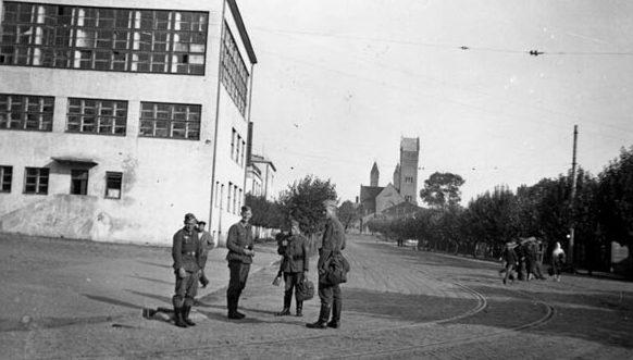 Улица Университетская (Базарная). Лето, 1941 г.