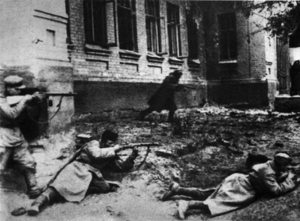 Уличный бой за Мелитополь. Октябрь 1943 г.