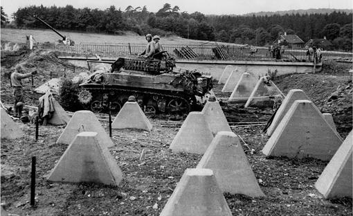 Прорыв противотанкового заграждения. Сентябрь, 1944 г.