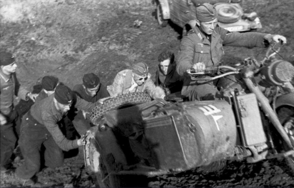 Бездорожье России. 1942 г.