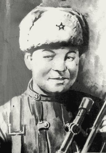 Смолячков Феодосий Артемьевич одержал 125 побед.