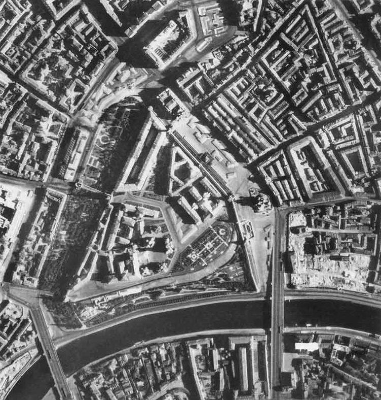 Немецкая аэрофотосъемка после маскировки Московского Кремля