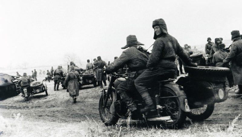 Наступление под Сталинградом. 1942 г.
