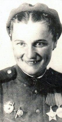 Соловей Нина Сергеевна одержала 42 победы.
