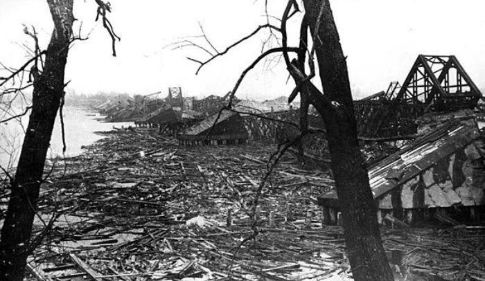 Наводницкий мост. 1942 г.