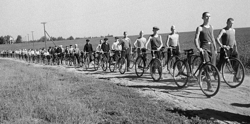 Ополченцы под Москвой. Лето, 1941 г.