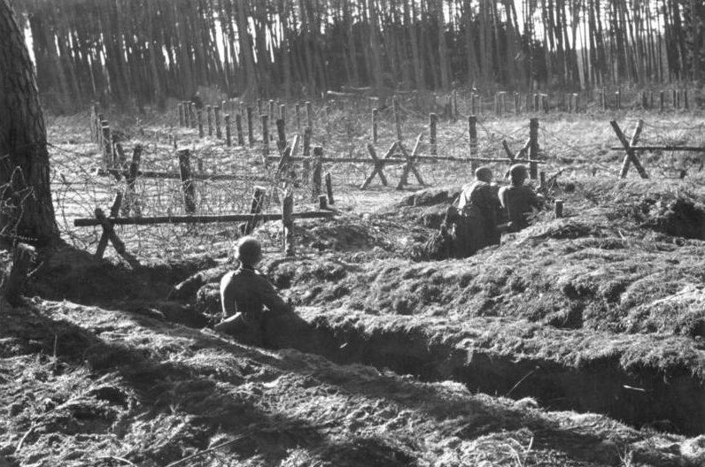 Окопы на линии. Март, 1940 г.