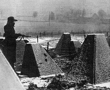 Караул у бункера. 1940 г.