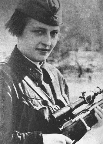 Павличенко Людмила Михайловна одержала 309 побед.