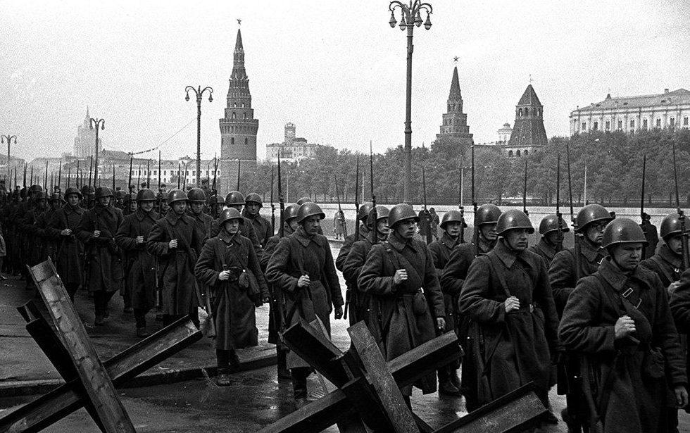 На фронт. Октябрь, 1941 г.