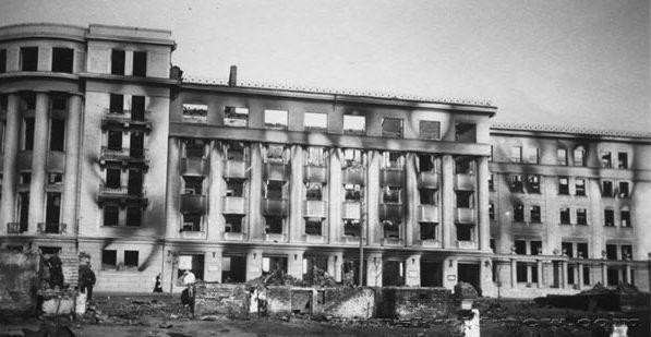 Гостиница «Беларусь», улица Кирова. Осень, 1941 г.