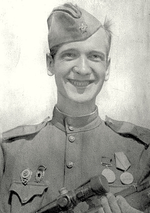 Емельянов Алексей Николаевич одержал 108 побед.